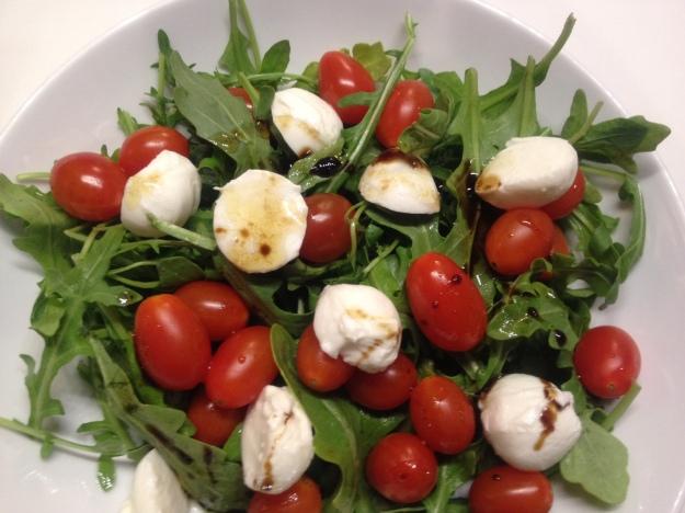 Arugula Salad with Tomatoes and Mozzarella   Emmy Cooks
