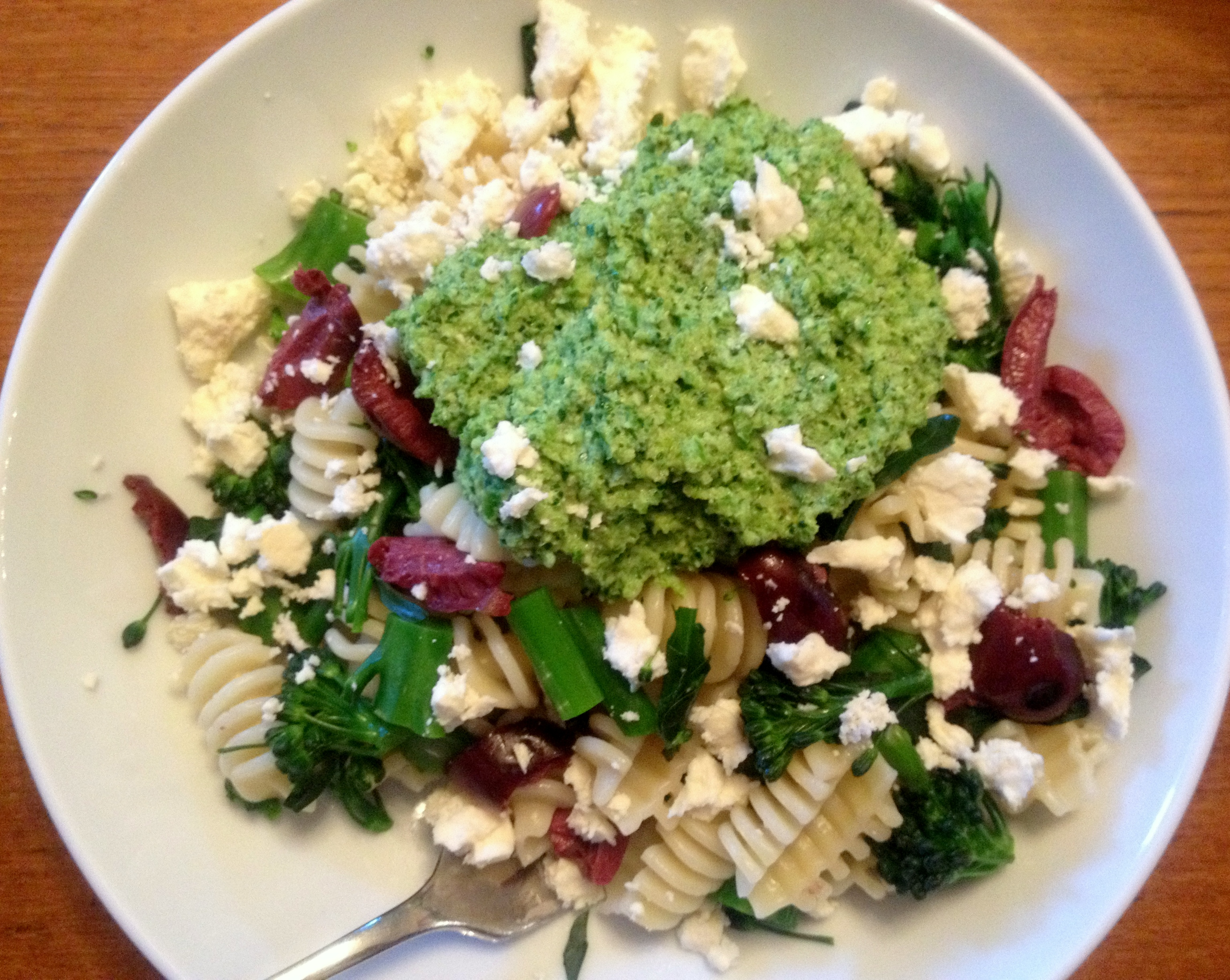 broccoli rabe pesto pasta healthy go green broccoli pea pesto pasta ...