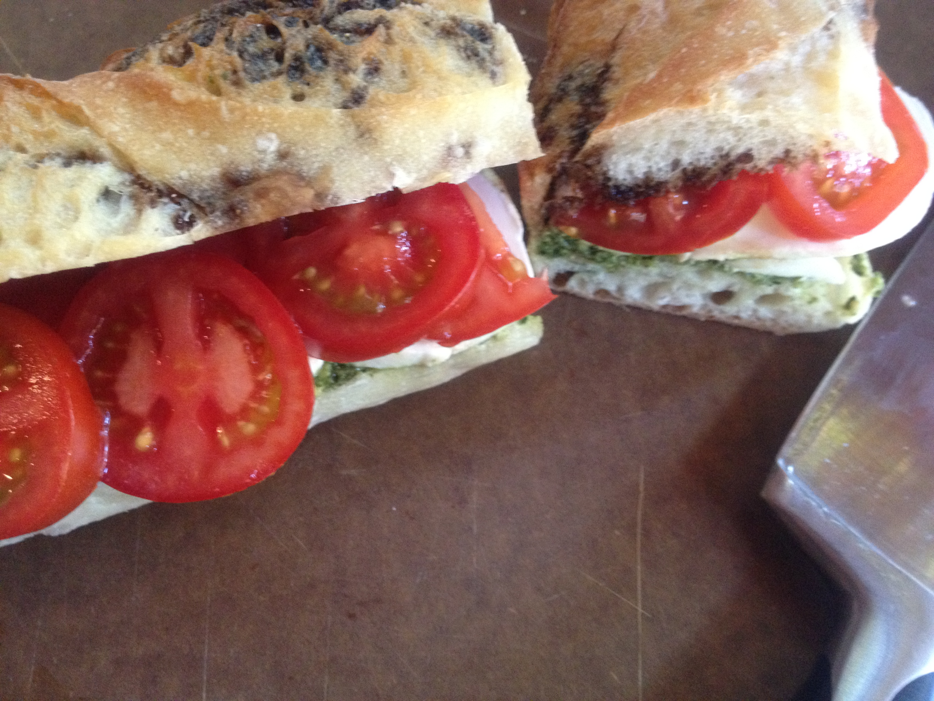 tomato mozzarella sandwich pressed mozzarella and tomato sandwich ...